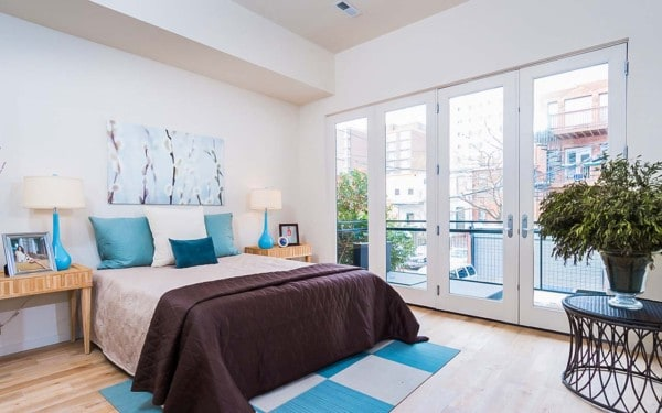 Multi-family Apartments in DC Bedroom